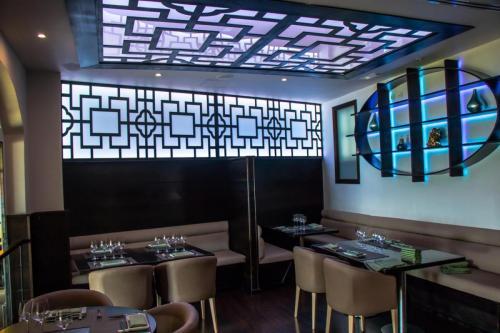 88-restaurant-(2-of-11)_opt